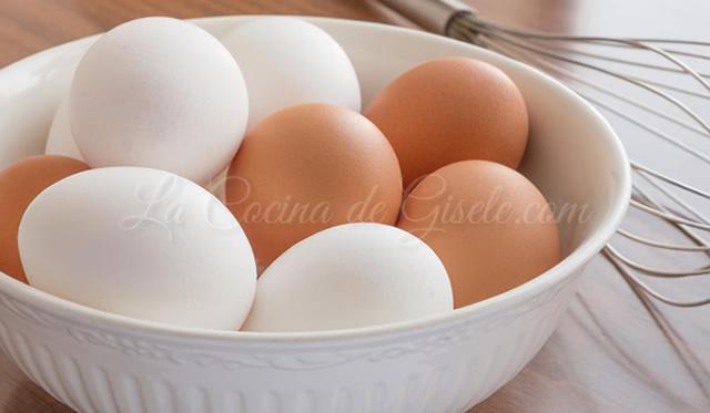 Diferencia entre ls huevos blancos y marrones
